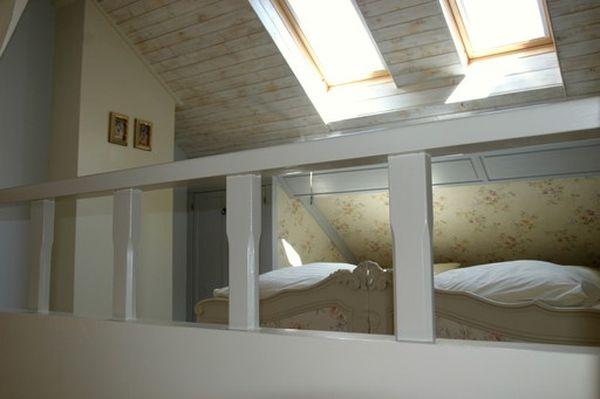 Zur alten linde sfeervol vakantiehuis in de belgische eifel vakantiehuis - Trap toegang tot zolder ...